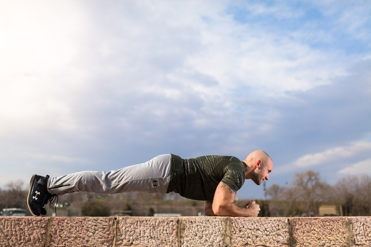 Šta će se desiti vašem tijelu ako radite daska vježbu svaki dan