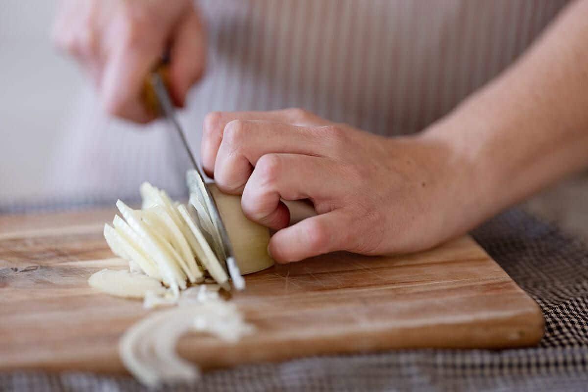Trikovi za brže i lakše rezanje nožem